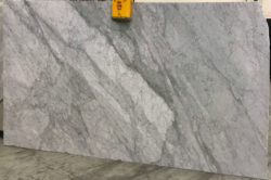 Bianco Carrara Extra 2cm Polished 18T1099