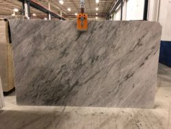 Bianco Carrara Extra Polished 2cm 19t443