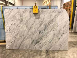 Bianco Carrara Extra Polished 2cm 19t539